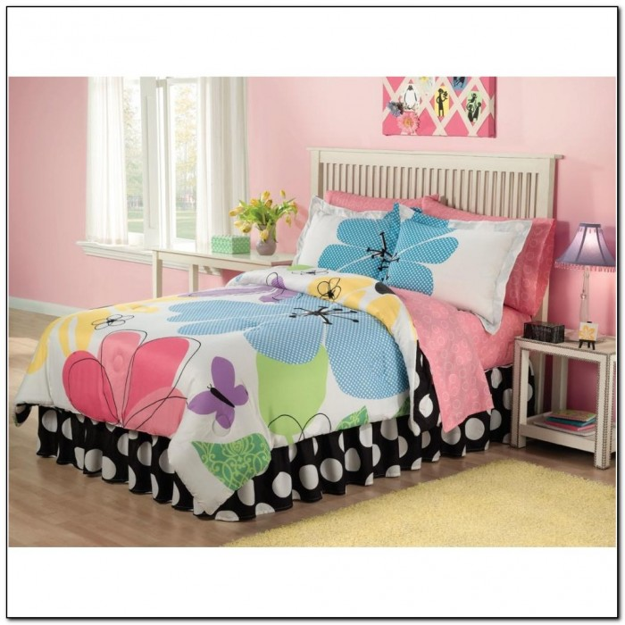 hello kitty twin bed in a bag beds home design ideas r6dveybnmz8442. Black Bedroom Furniture Sets. Home Design Ideas