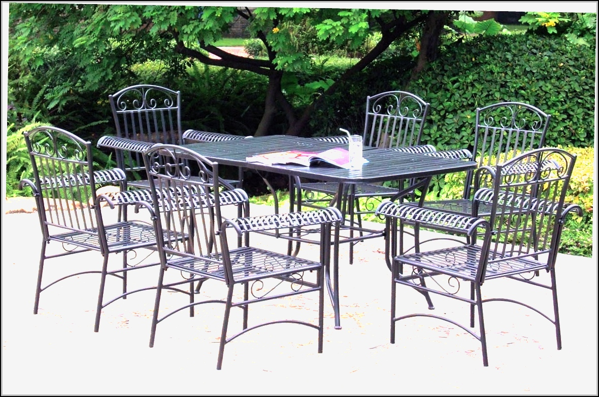 Black wrought iron patio furniture patios home design for Black porch furniture