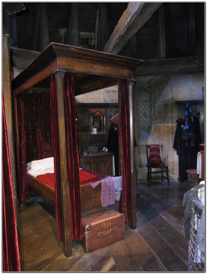 Four Poster Bed Harry Potter