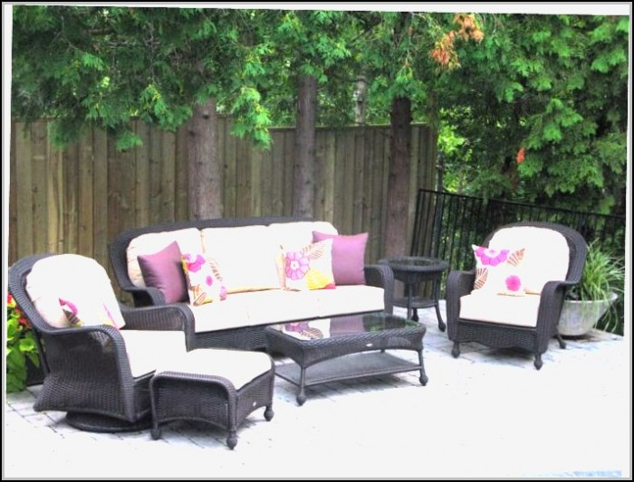 Hampton Bay Wicker Patio Furniture