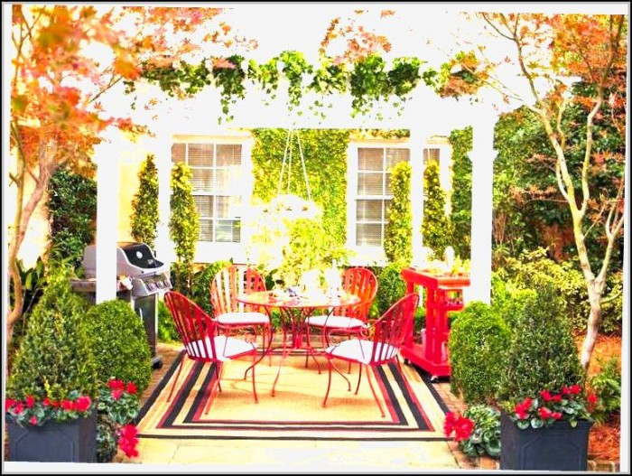 Patio Decorating Ideas For Christmas