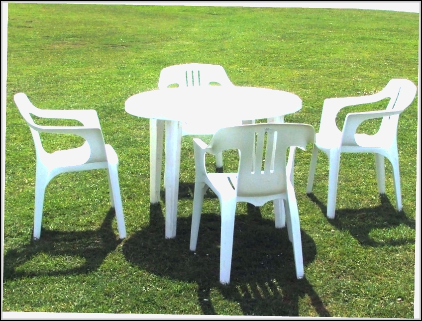 Plastic Patio Chairs And Table