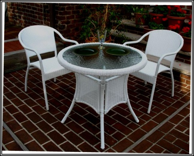 White Wicker Furniture Clearance