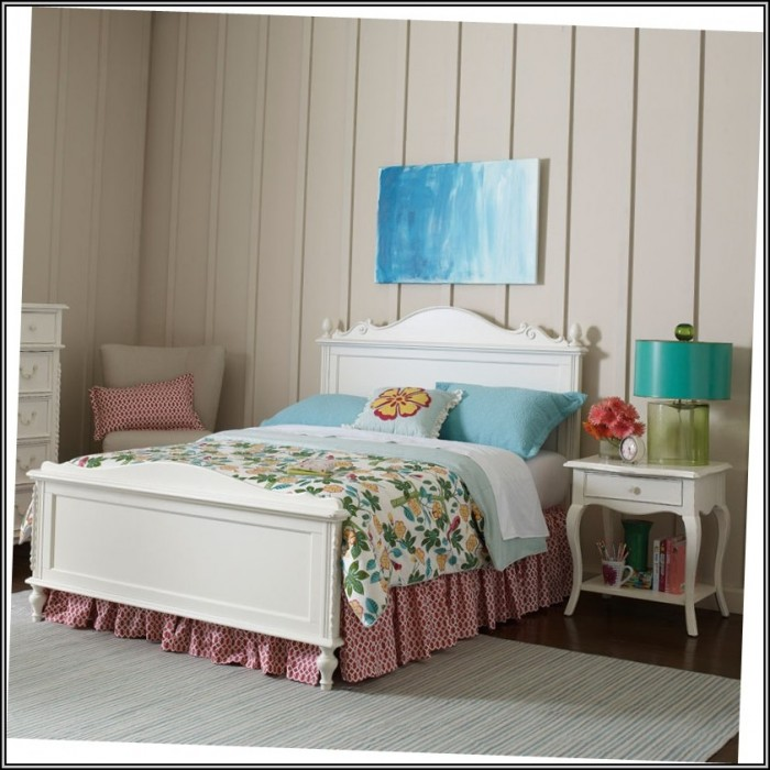 Young America Furniture Reviews