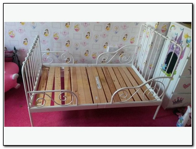 ikea minnen toddler bed images galleries with a bite. Black Bedroom Furniture Sets. Home Design Ideas