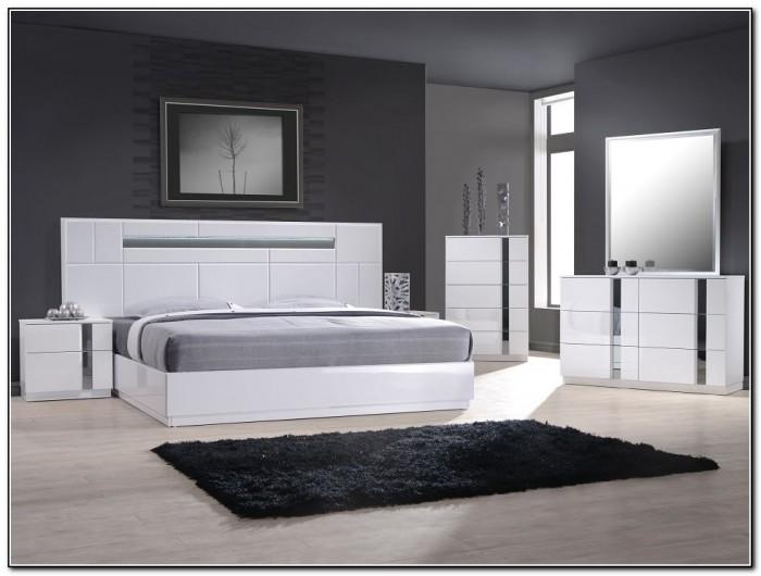 Modern Platform Bed With Headboard