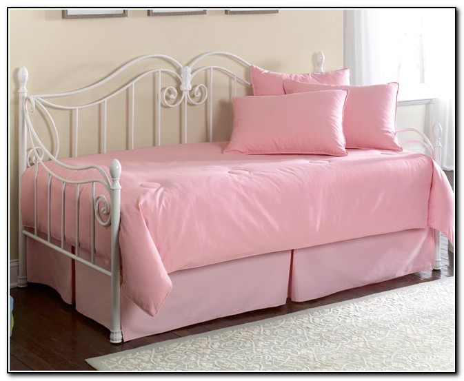 Pink Daybed Bedding Sets