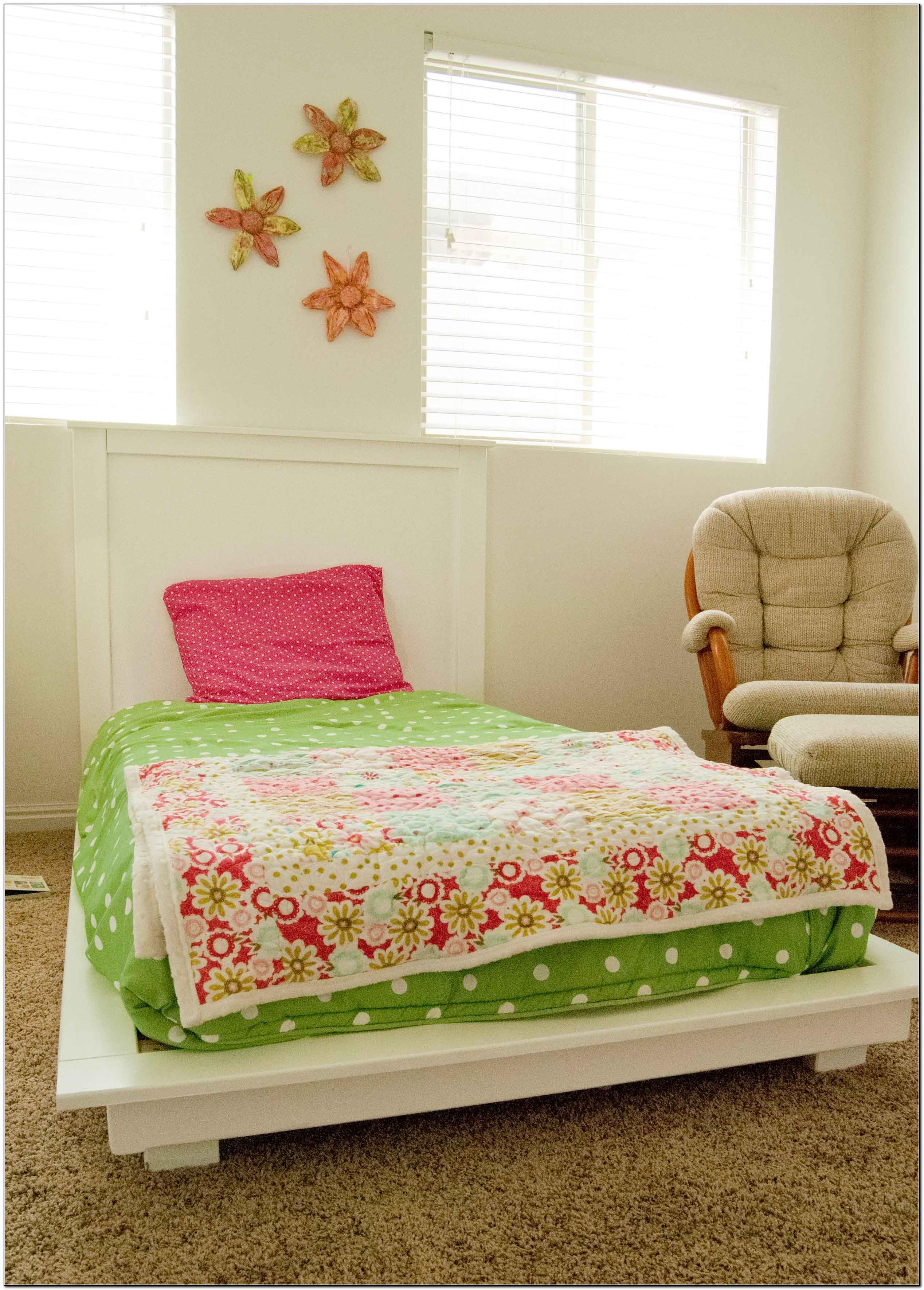 Twin platform bed diy beds home design ideas for Platform bed twin diy