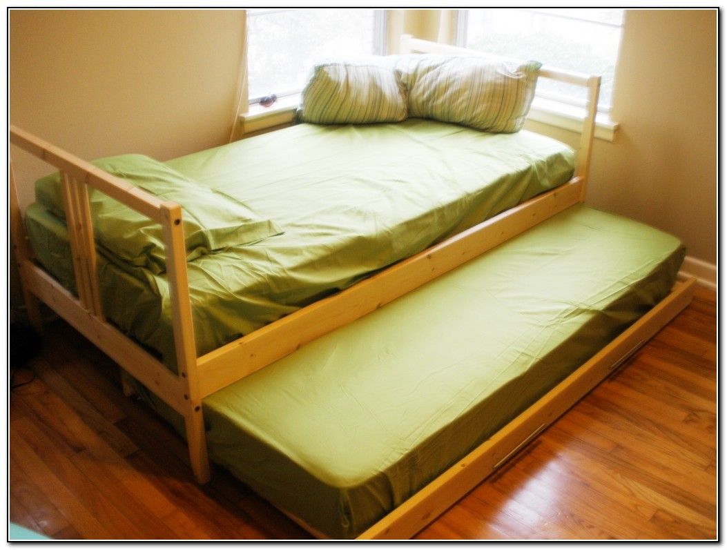 Twin trundle bed ikea beds home design ideas for Twin bed connector ikea