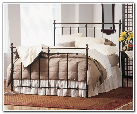 Wrought Iron Beds Queen