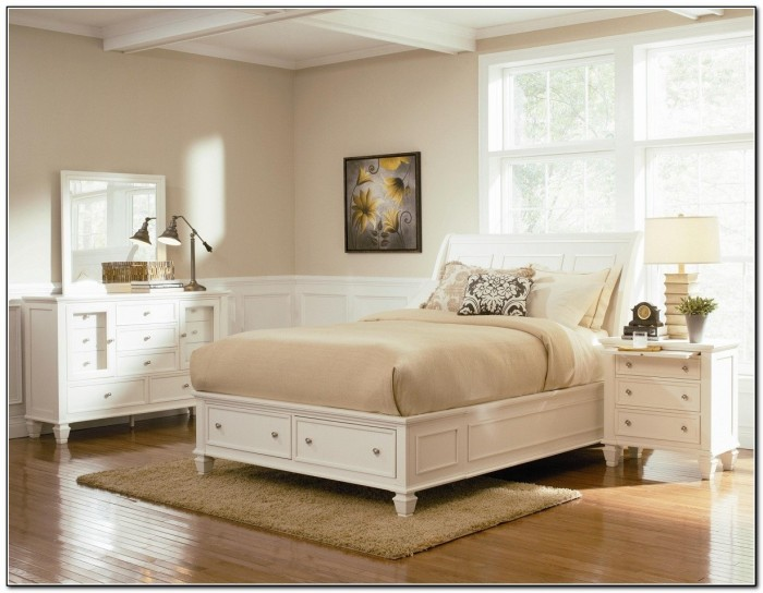 Platform Storage Bed With Drawers