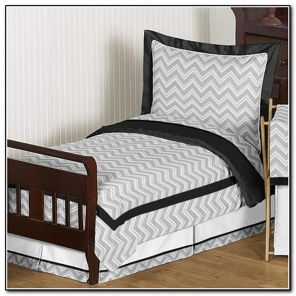 Bedroom With Green Carpet Kids Bedroom Cupboard Designs Blue Bedroom Chairs Bedroom Door Ideas: Rugs : Home Design Ideas #8yQRYOwDgr56319