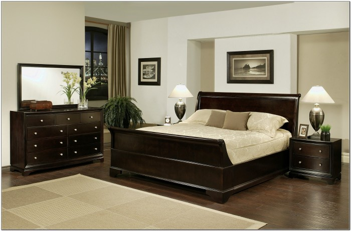 King Sleigh Bed Bedroom Sets
