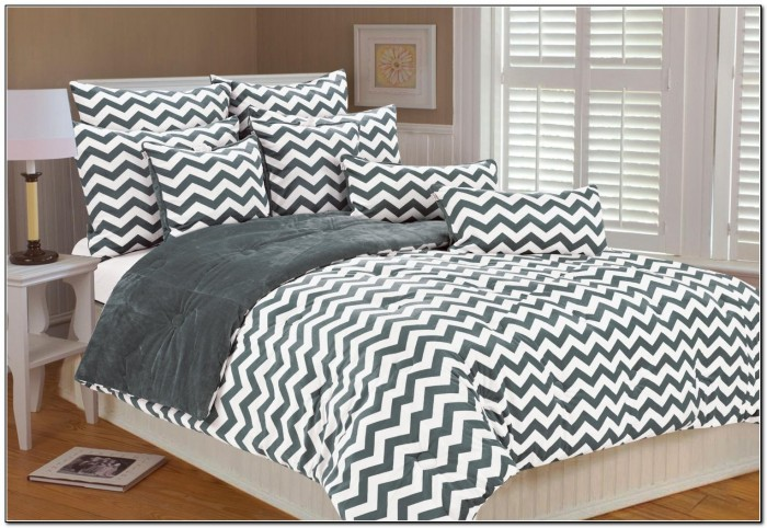 White And Grey Chevron Bedding