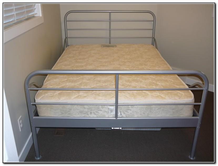 Metal frame bed ikea beds home design ideas for Ikea metal beds