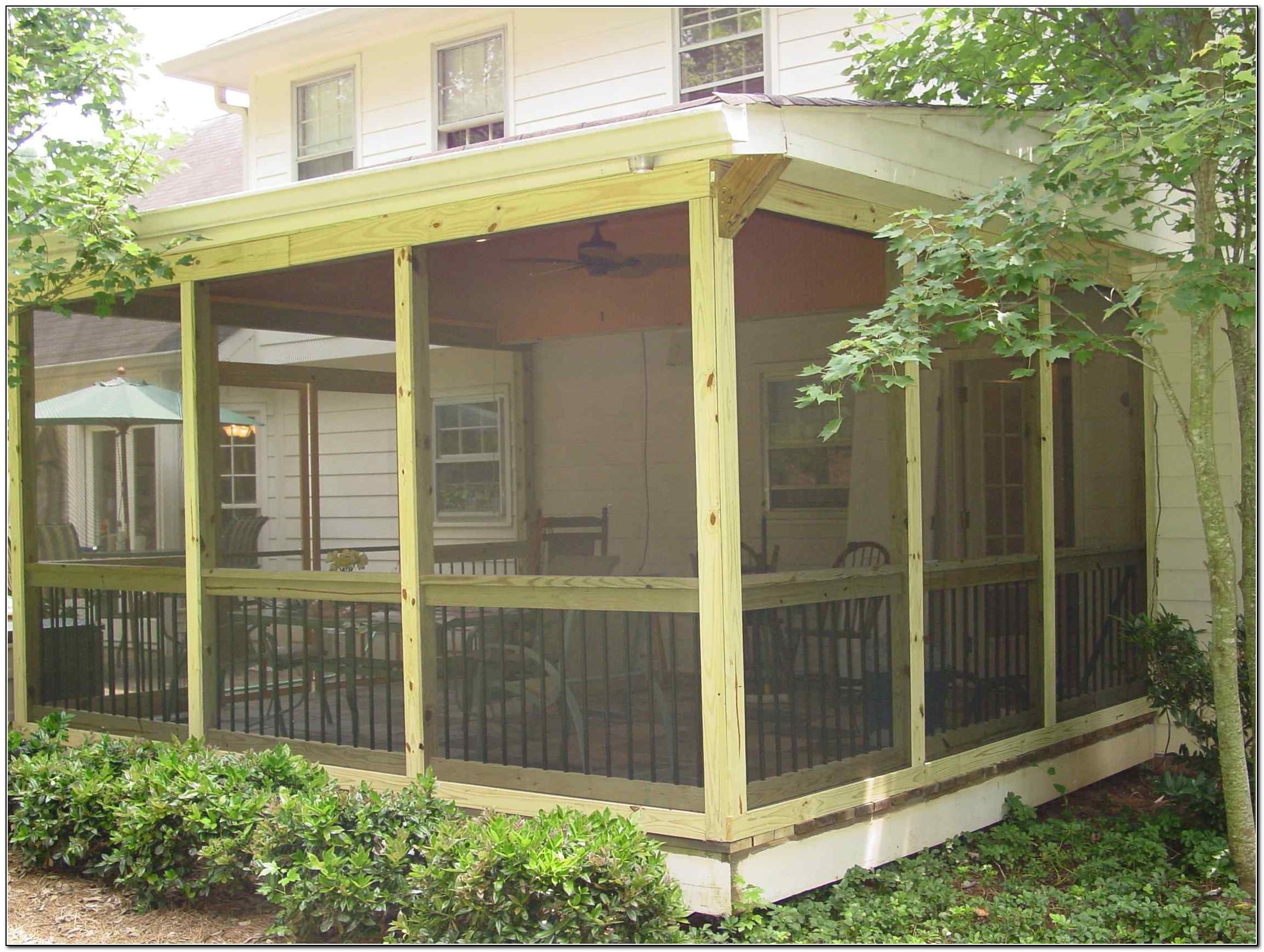 Screened Porch And Patio