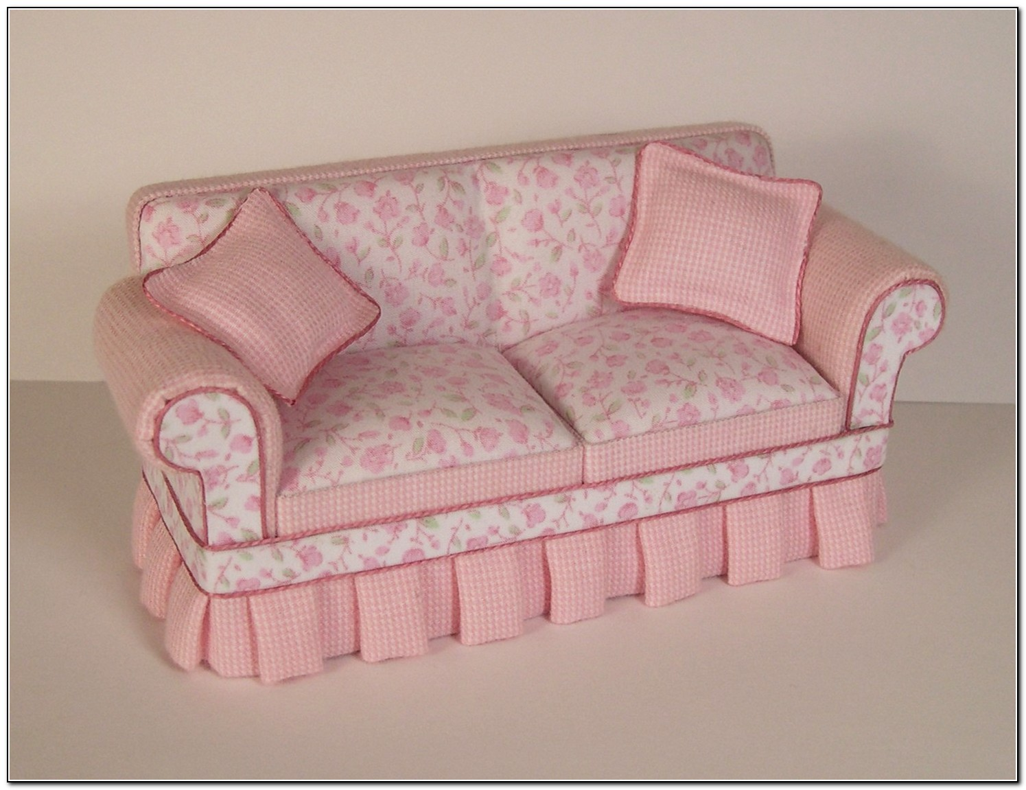 Shabby Chic Sofas And Chairs Sofa Home Design Ideas 1apx3kyqxd15478