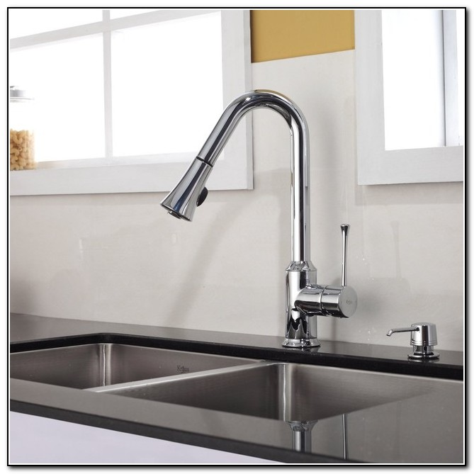 Kitchen Sink Faucets Delta