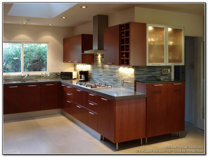 Cherry Kitchen Cabinets Wall Color