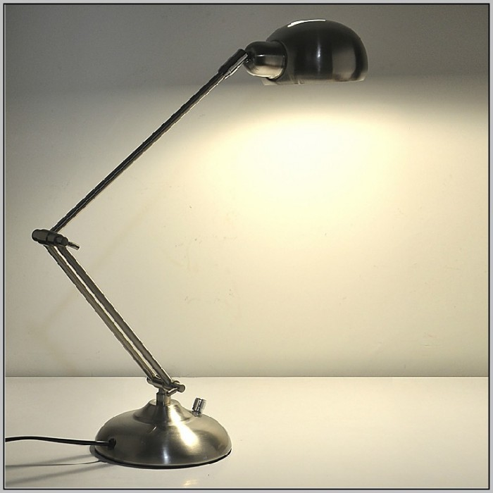 Best Desk Lamps For Your Eyes