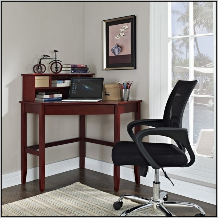 Small White Desks For Bedrooms Desk Home Design Ideas 8angp0wdgr21840