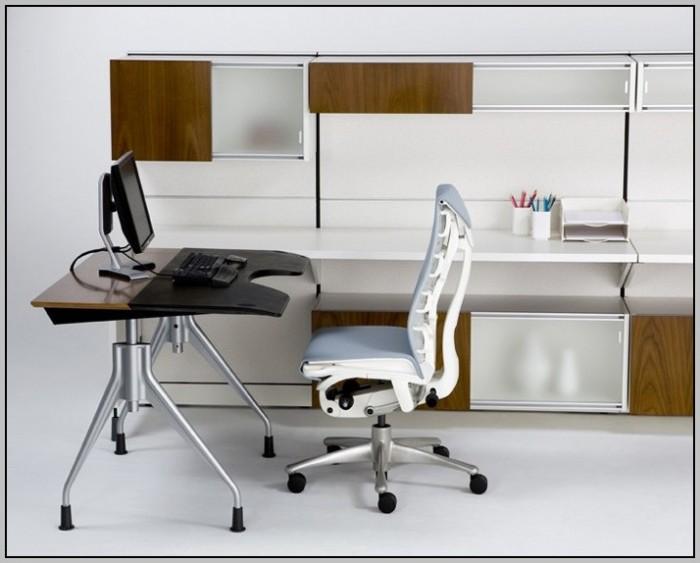 Herman Miller Alvar Lite Height Adjustable Desk Desk