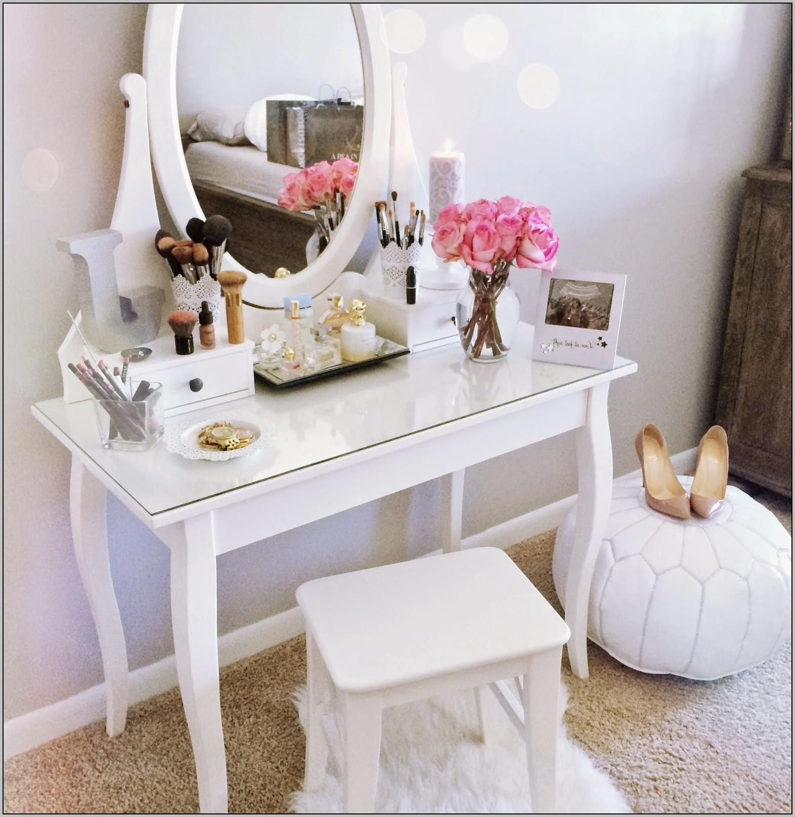 Makeup Vanity Desk Bed Bath And Beyond Desk Home Design Ideas