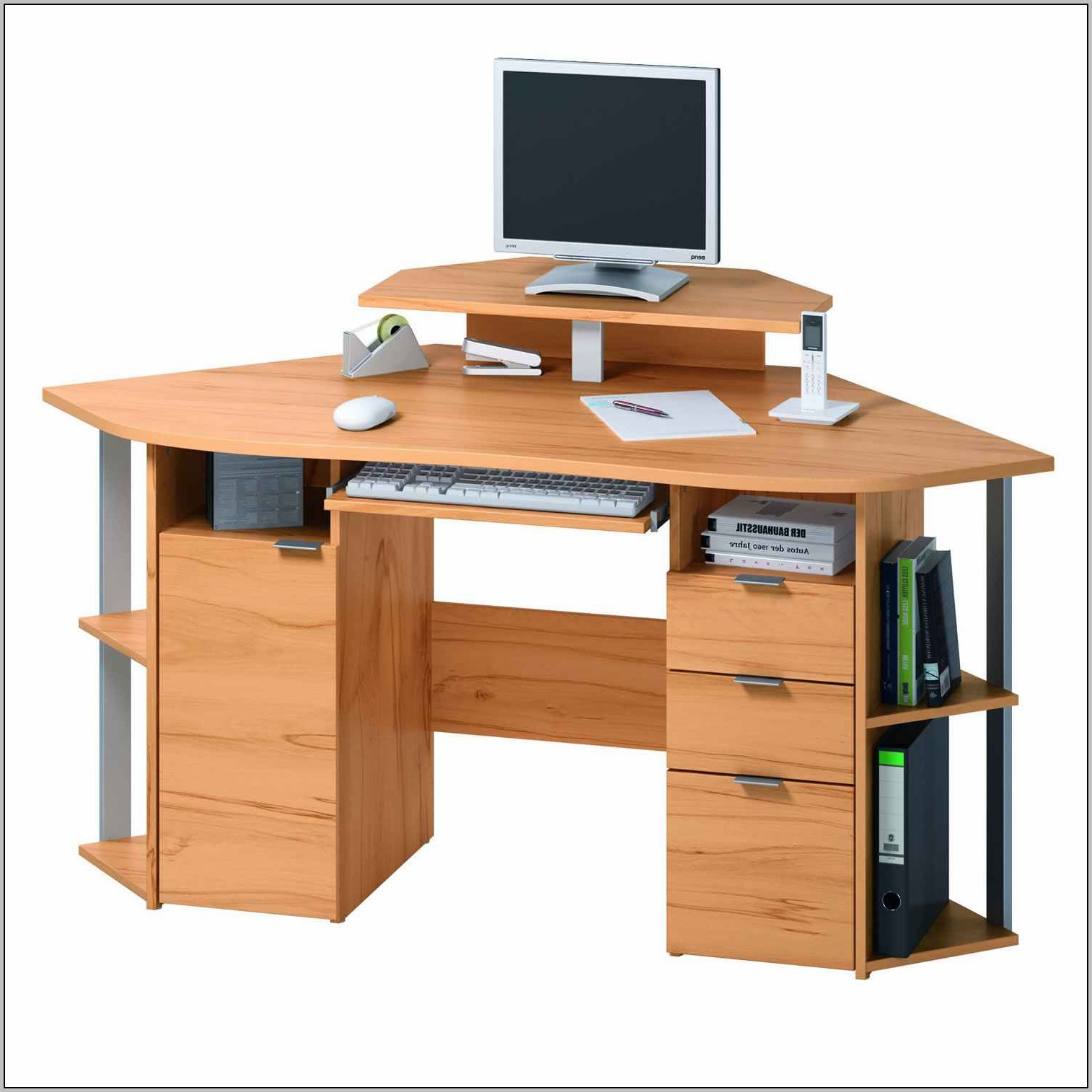 Modern computer desks for small spaces desk home for Home computer desks for small spaces