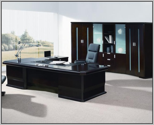 Modern Executive Desk With Return