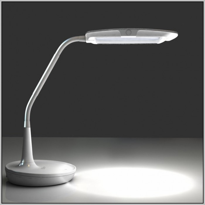 Swing Arm Desk Lamp Magnifier