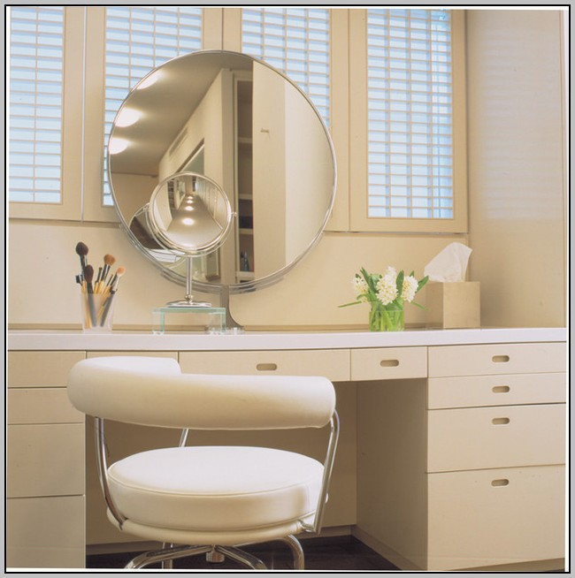 Vanity Desk With Mirror And Chair