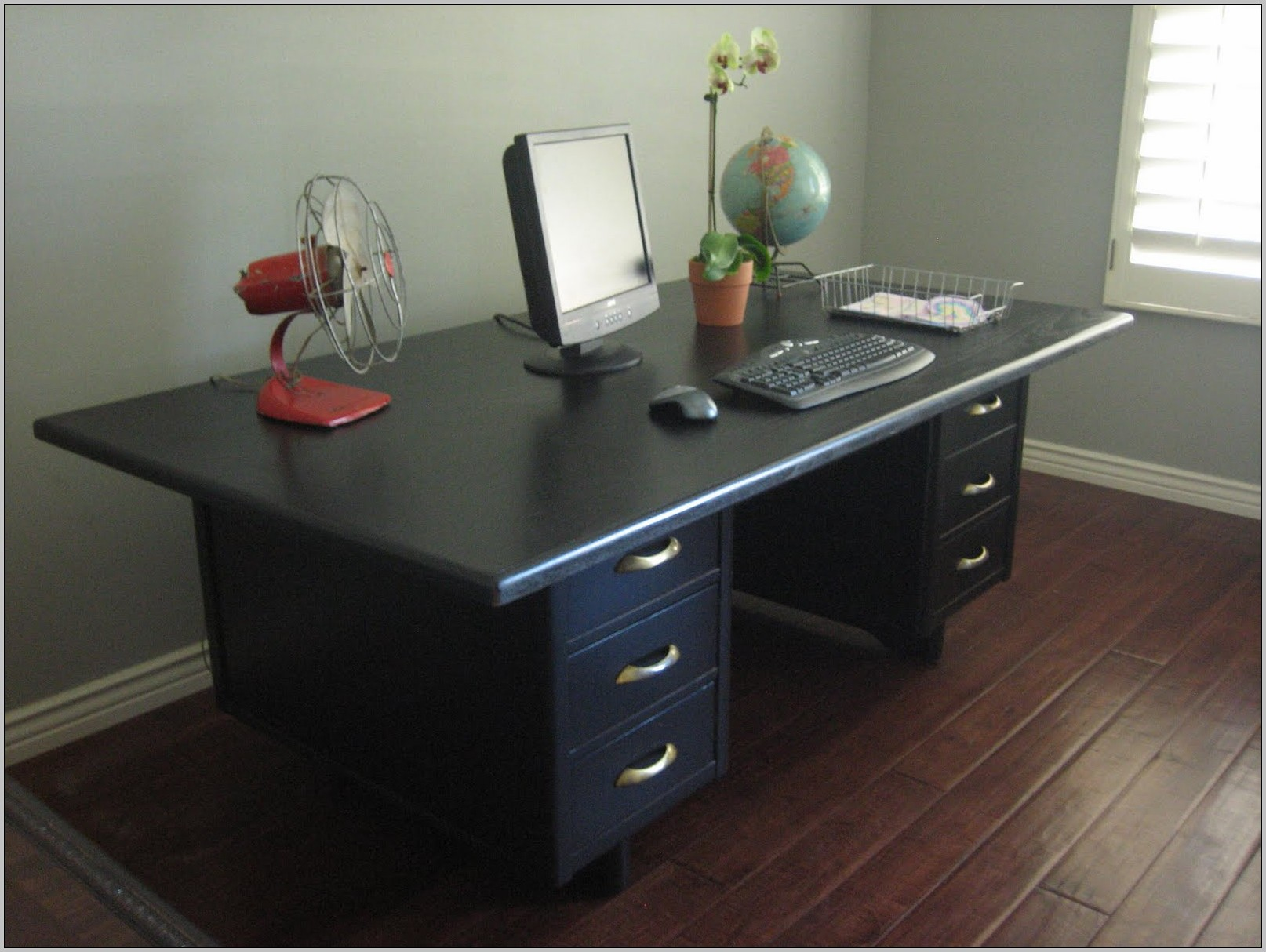 title | Cool Office Desks