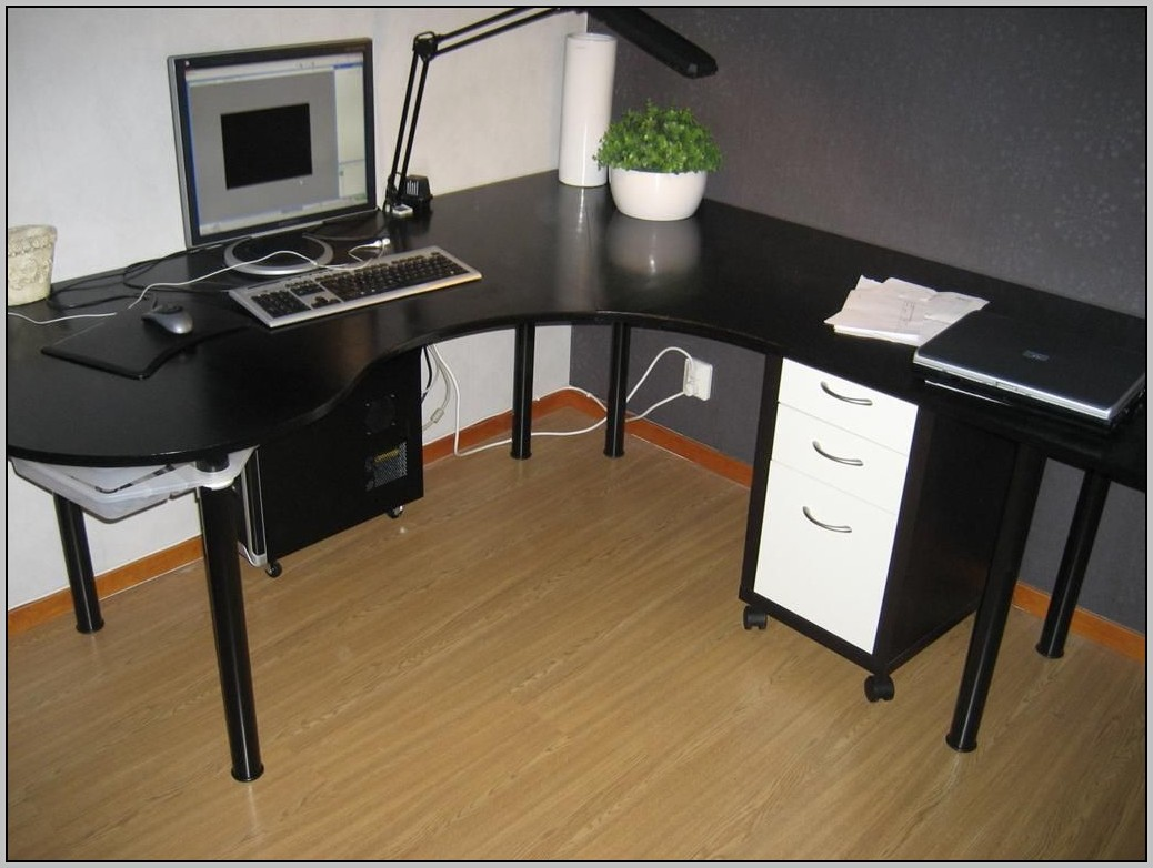 Ikea black desk mikael desk home design ideas for Ikea desk black