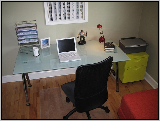 Ikea Glass Top Computer Desk Desk Home Design Ideas B1PmX3ZQ6l26009