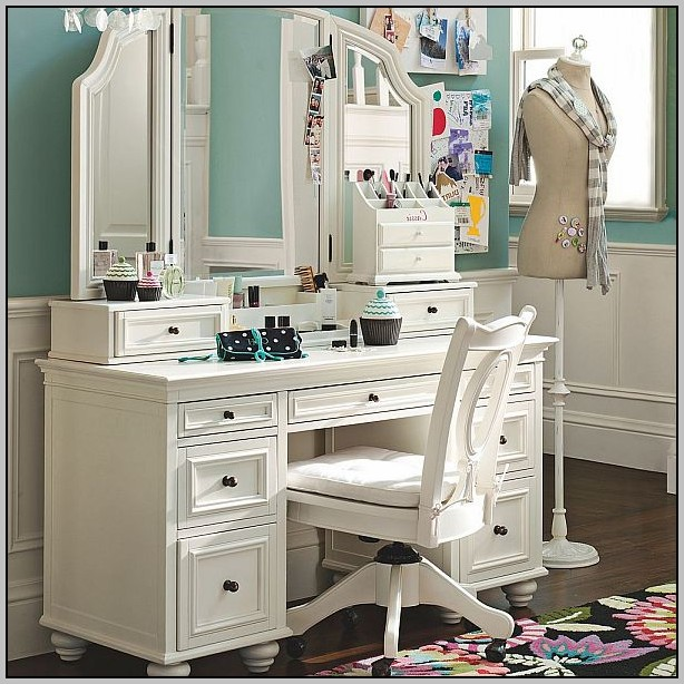 Lighted Vanity Makeup Table