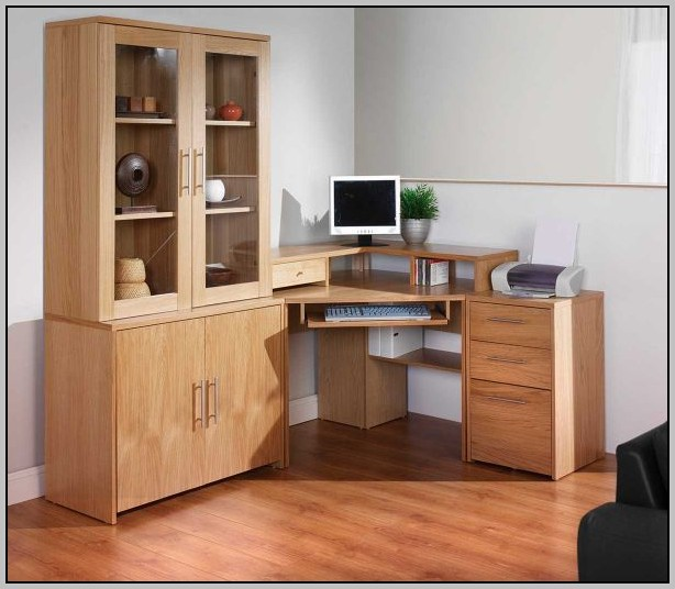 Oak Corner Desk With Hutch