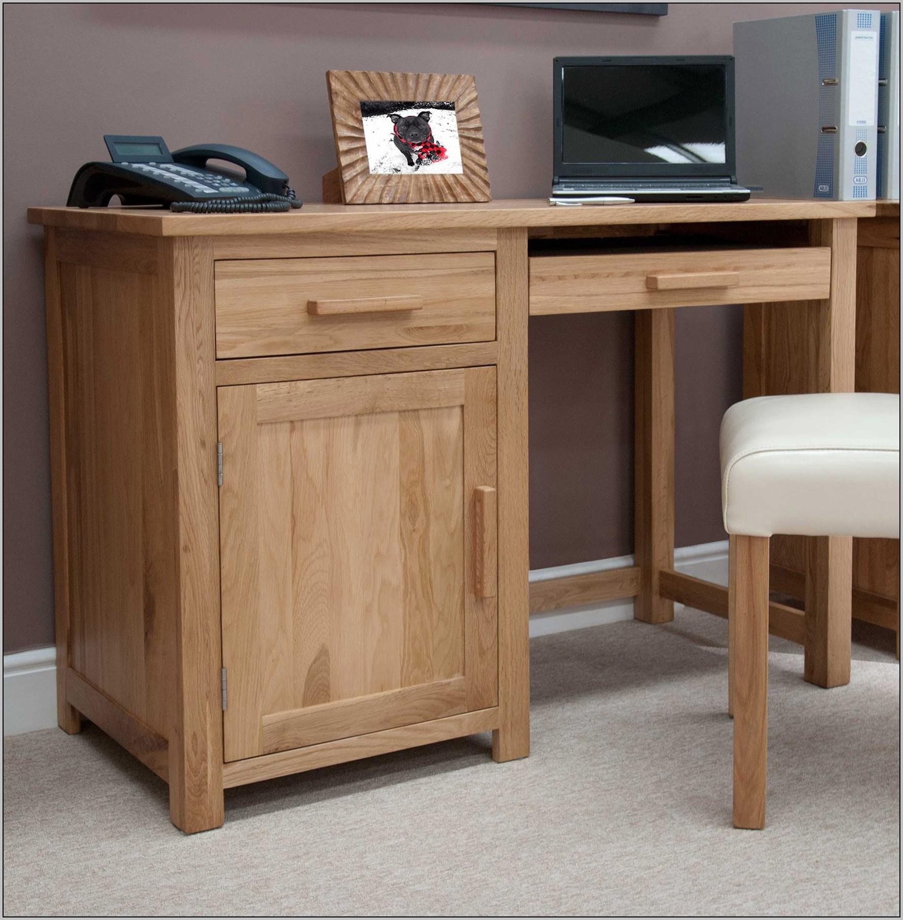 Single Pedestal Desk Oak