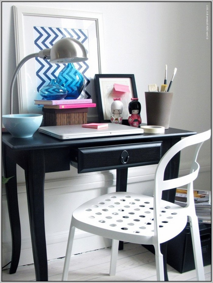 Small Desks For Small Spaces Uk
