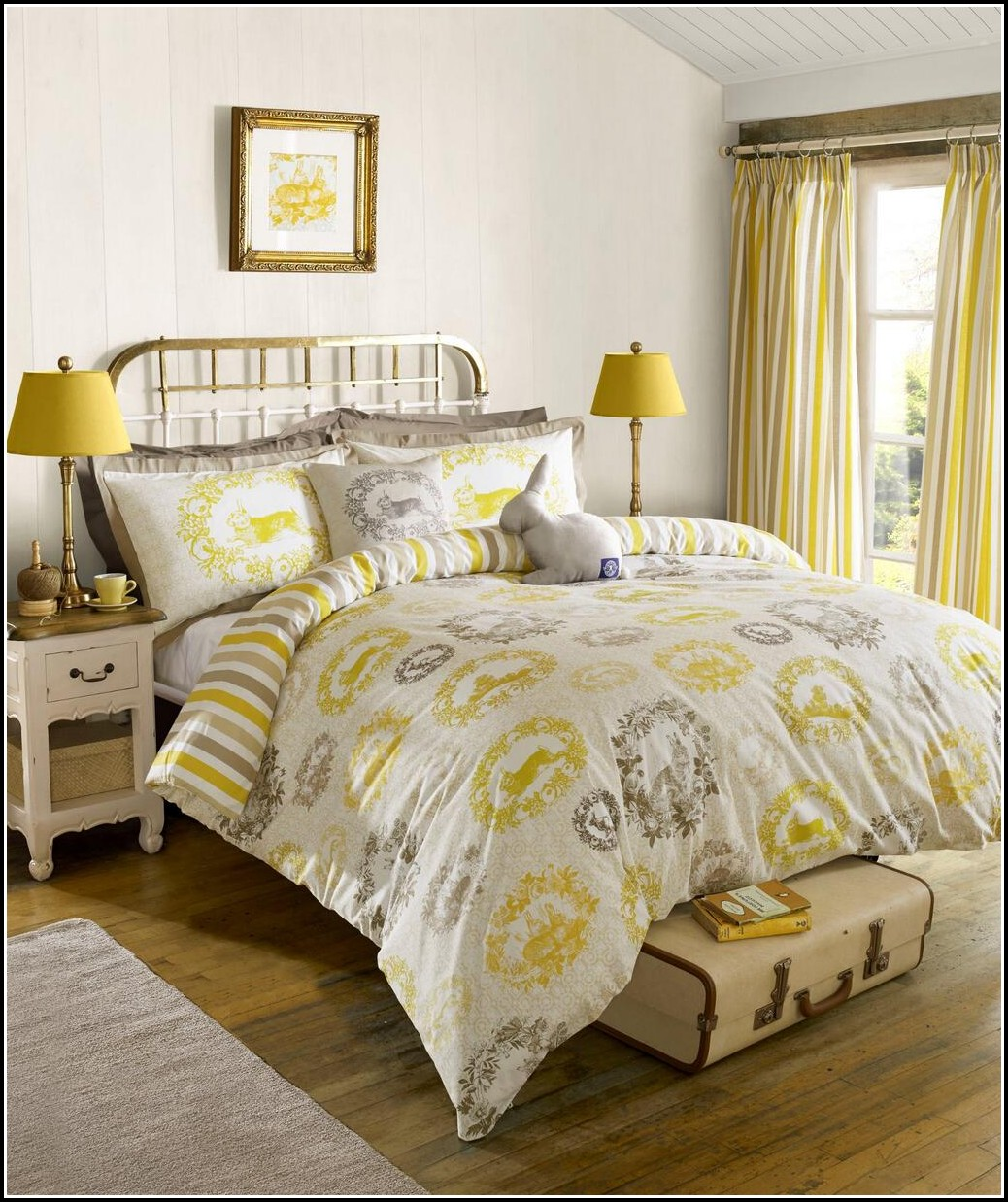 Bedspreads And Curtains Sets Home The Honoroak