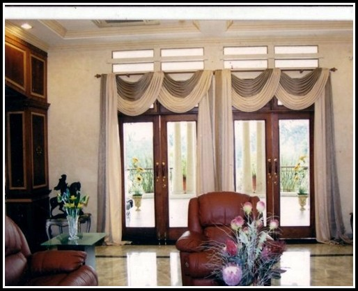 Curtain Ideas For Living Room Bay Window