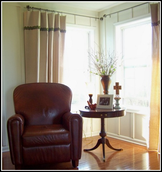 Curtains For Small Corner Windows