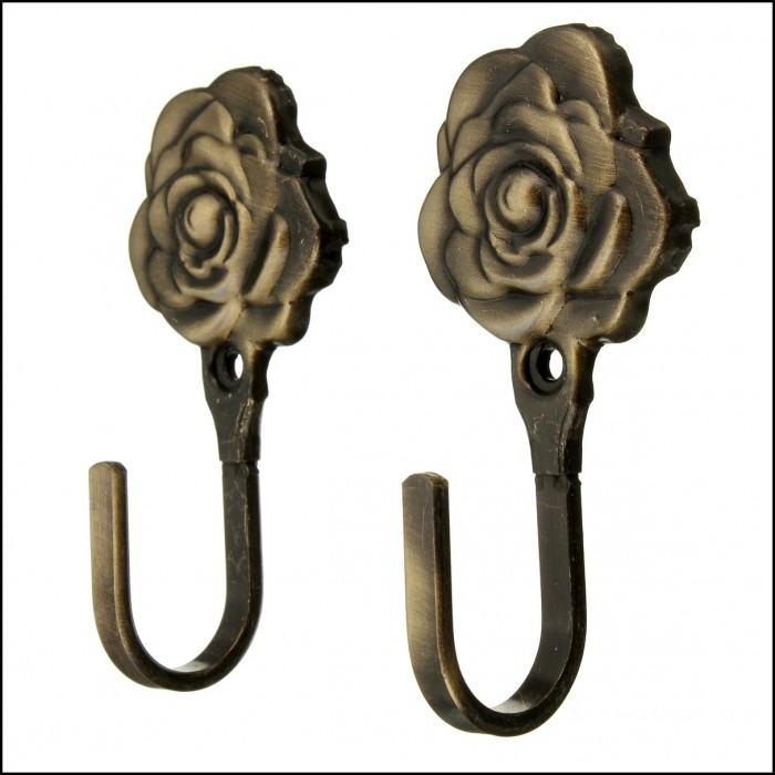 Curtain tie back hooks placement curtains home design for Curtain tie backs placement