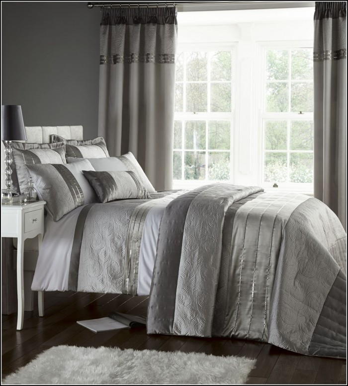 Quilted Bedspreads With Matching Curtains
