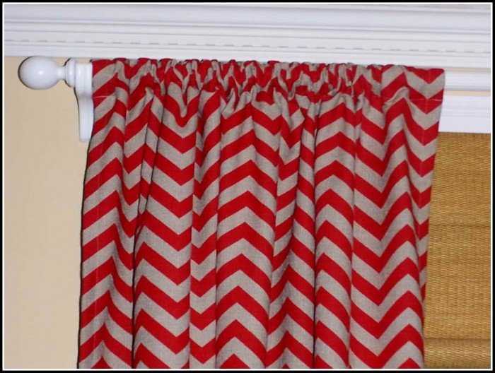 Brown couch gray curtains curtains home design ideas for Brown couch red curtains