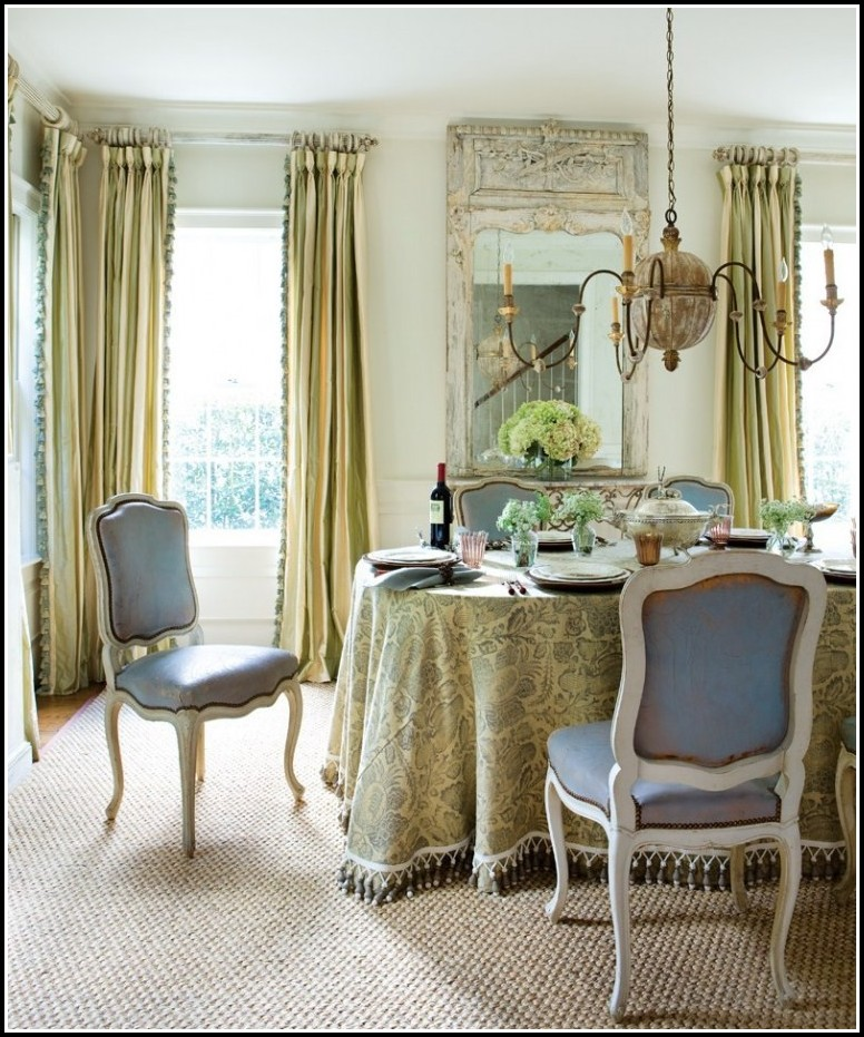 Curtains for formal dining room curtains home design for Curtain ideas for formal dining room