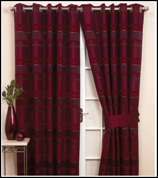 Black and red curtains for living room curtains home design ideas ord5m6wdmx27399 for Black and red curtains for living room