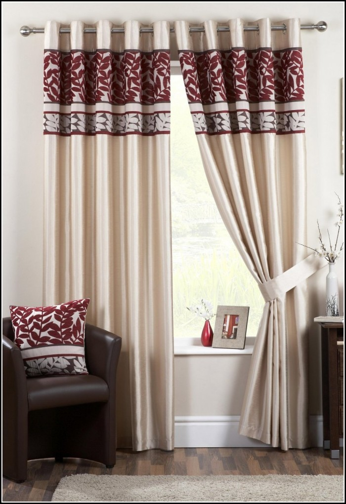 White And Red Damask Curtains