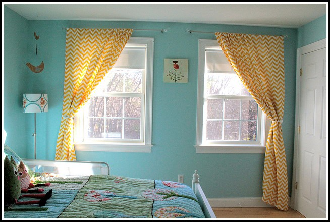 Yellow Walls And Blue Curtains - Curtains : Home Design Ideas ...