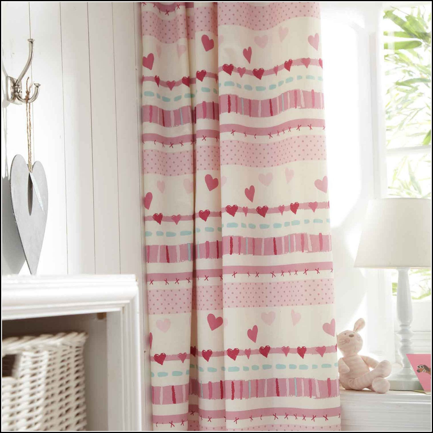 Blackout curtains for children s rooms curtains home for Blackout curtains for kids rooms