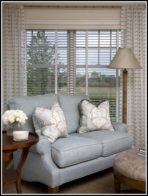 Curtain ideas for living room 3 windows download page for Living room ideas with 3 windows